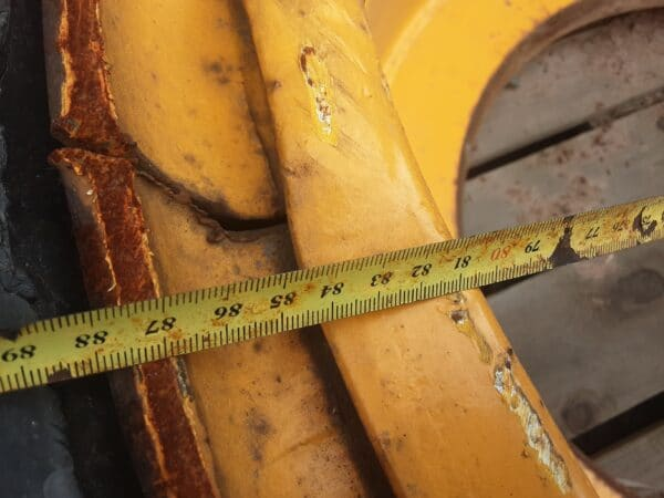Bridgestone 18.00R33 tubeless vanteella