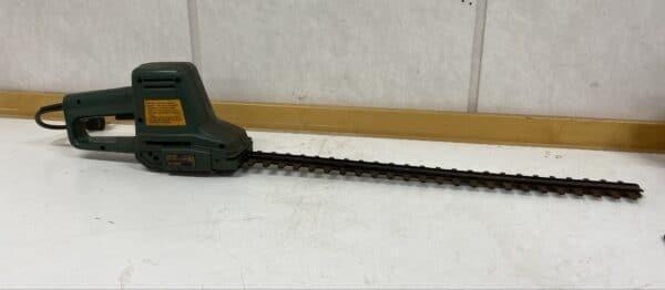 Pensasleikkuri Black&Decker GT240 -H1 varaosiksi