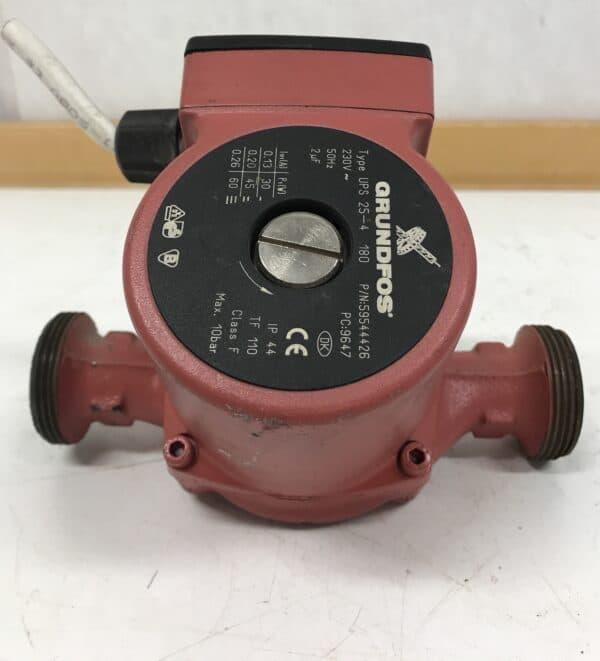 Kiertovesipumppu Grundfos UPS 25-4 180
