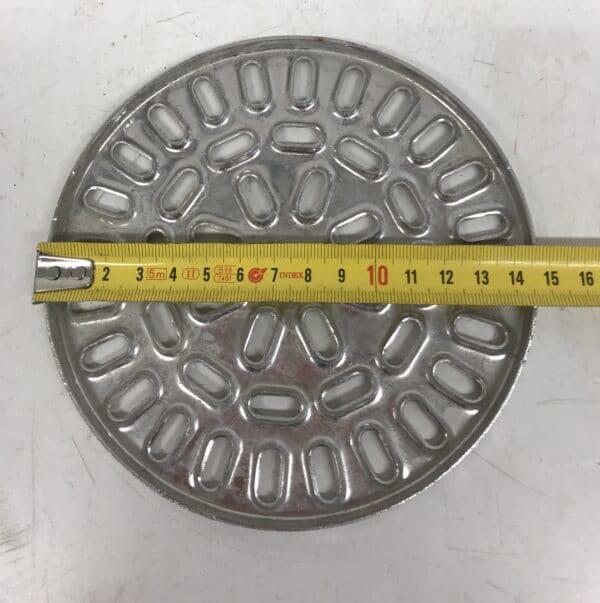 Lattiakaivon ruostumaton ritiläkansi halkaisija 15 cm