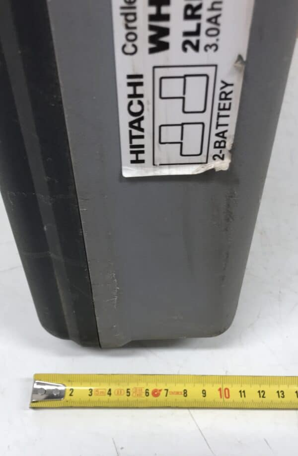 Koneen kuljetuslaatikko Hitachi WH 14DL ja ohjekirja