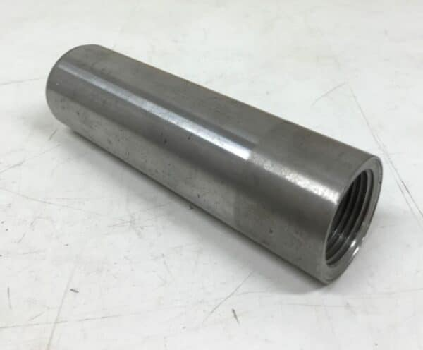 """Metalliholkki 145 mm pitkä 1"""" sisäkierteellä"""
