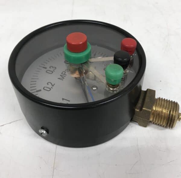 Painemittari 0-0,6 MPa mekaanisella näytöllä