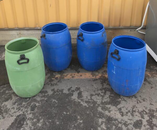 Muovitynnyri 60 cm korkea ilman kantta noin 45 litraa