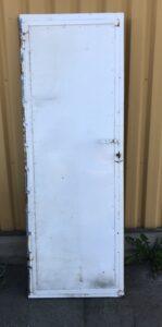 Metalli-ovi karmeilla 71 * 200 cm