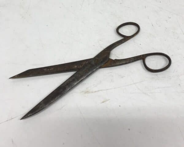 vanhat Fiskars sakset 20 cm pitkät