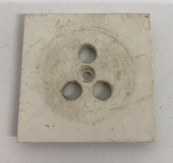 Puhelinpistorasian keskiöpeitelevy valkoinen 48*48 mm