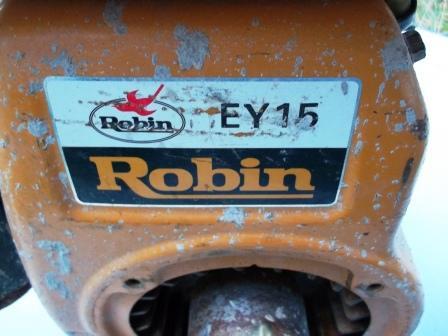 Moottori Robin EY-15