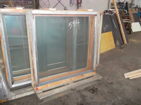 Ikkuna 115x116 cm